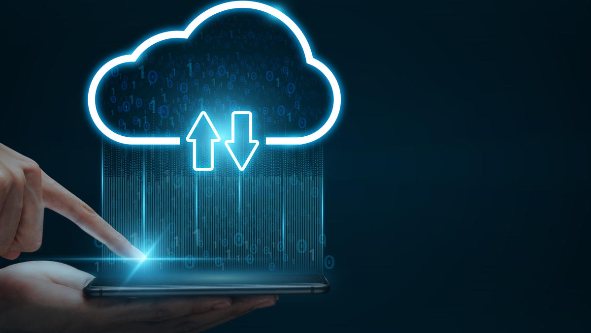 How A Hybrid Cloud Infrastructure Works